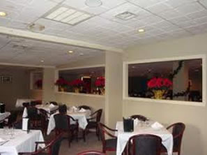 Laskara Restaurant Diningroom, Wallingford, CT 203-679-0844